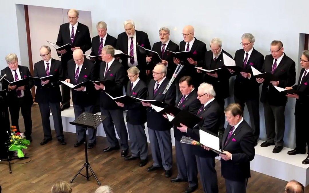 Hämeenkosken Mieskuoro laulaa Koskivalssin