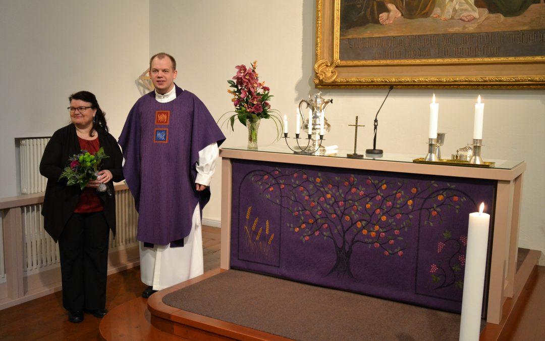 Uusi tekstiilisarja Hämeenkosken kirkkoon