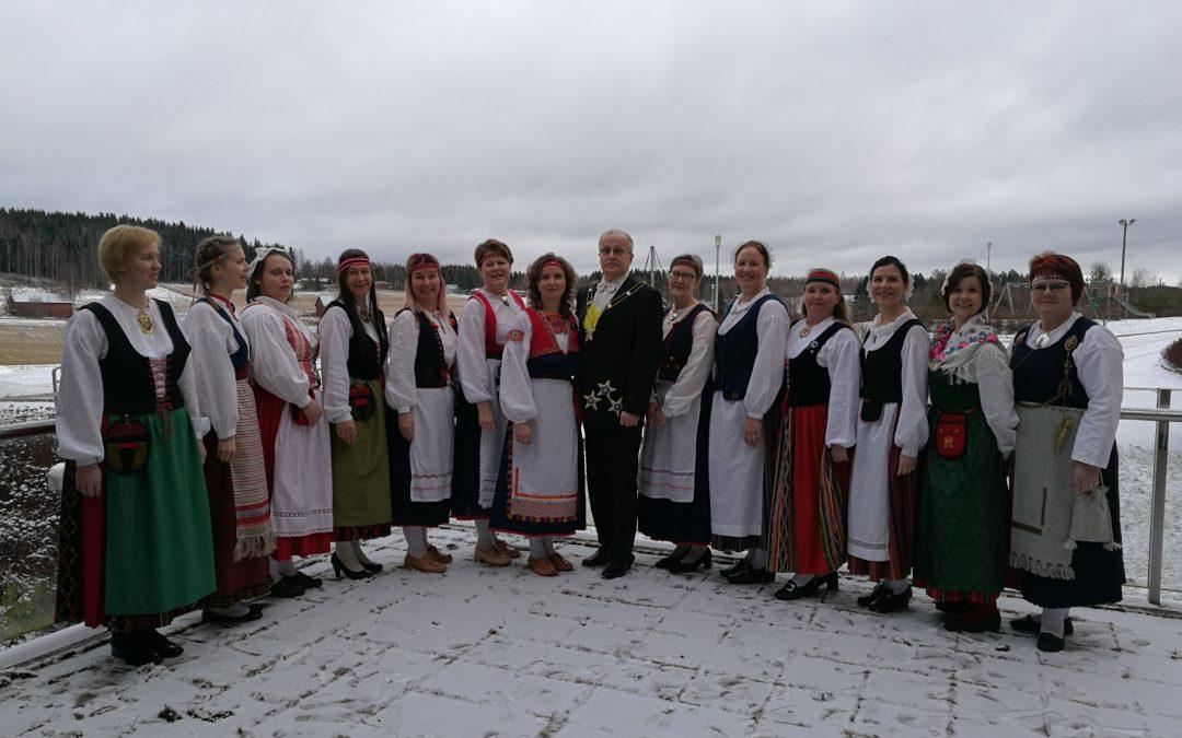 Hämeenkosken koulun Suomi 100 -juhlavastaanotto