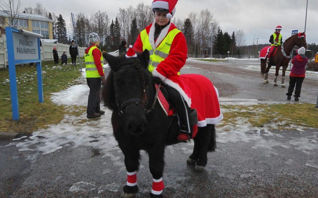 Jouluisia hevosia 23.12.2017