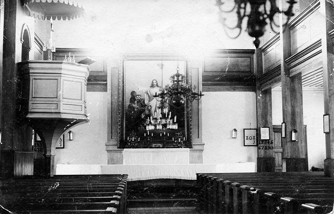 Kirkon sisäkuva 1900