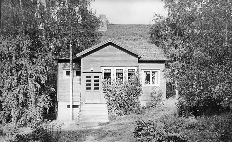 Ruuhimäki, Elin. Sirola