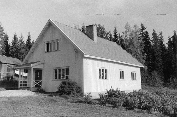 Anttila, Toivo. Riihimäki Uusi-Pätilä.