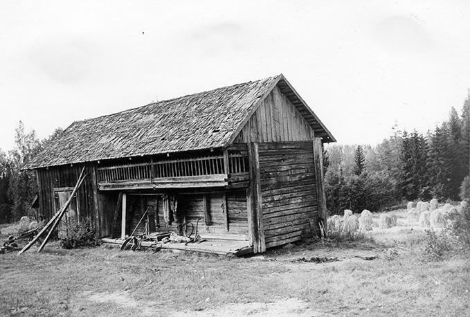 Helander, Lauri. Mäkelä