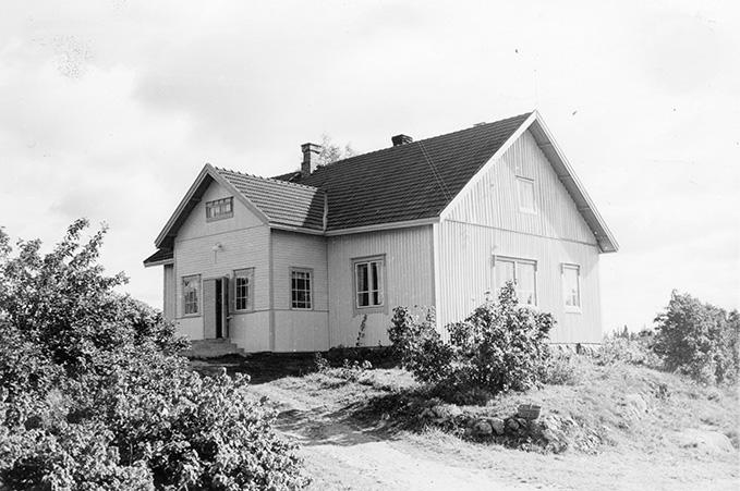 Heikkilä, Eino. Heikkilä