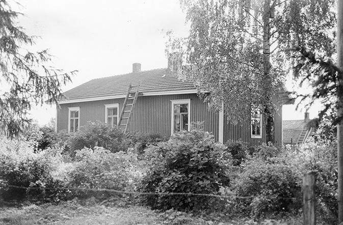 Aaltonen, Kalle. Keskitalo