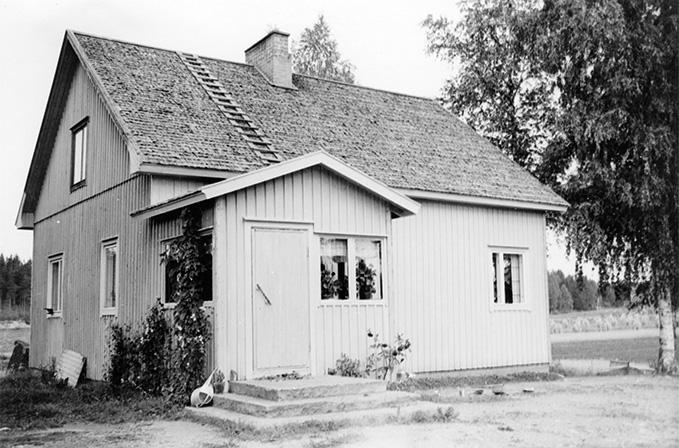 Kajander, Viljo. Kulmala Keski-Porvola