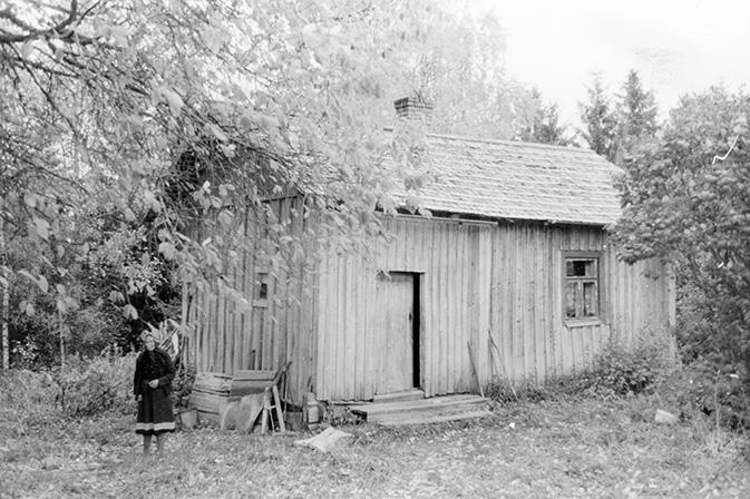 Mäkelä, Vuokko ja Syrjänen, Lauri. Keski-Porvola.