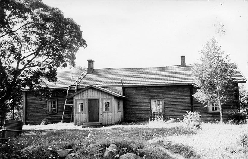 Jaakkola, Toivo. Mäki-Pappila Etola.