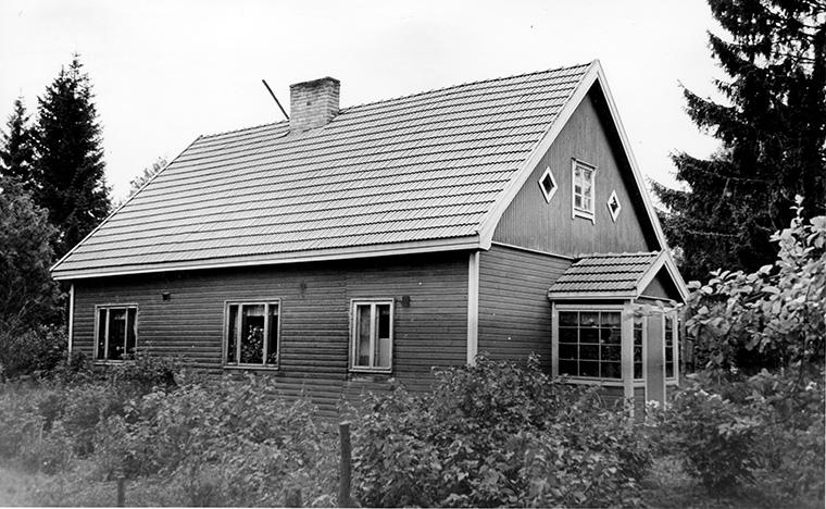 Helén, Kalle Ilmari. Mäki-Kukkola Huljala.