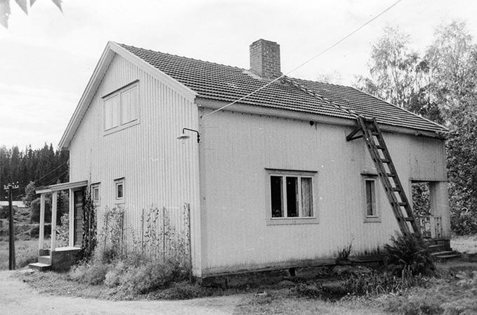 Heikkilä, Heikki. Kivistö Koskenkylä.
