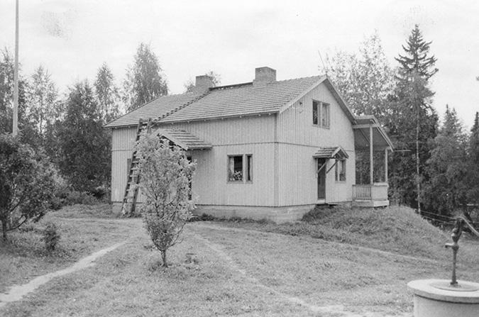 Kosken Hl Osuusliike Ahtola ja Raitala Koskenkylä.