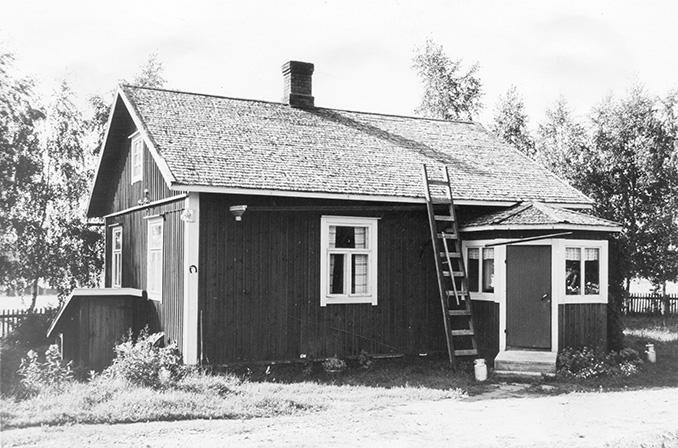 Kuustenmaa, Toivo. Herttala Koskenkylä.