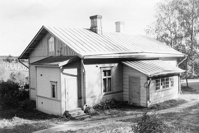 Pekolan liikenne O. Y. Kuusisto Koskenkylä.