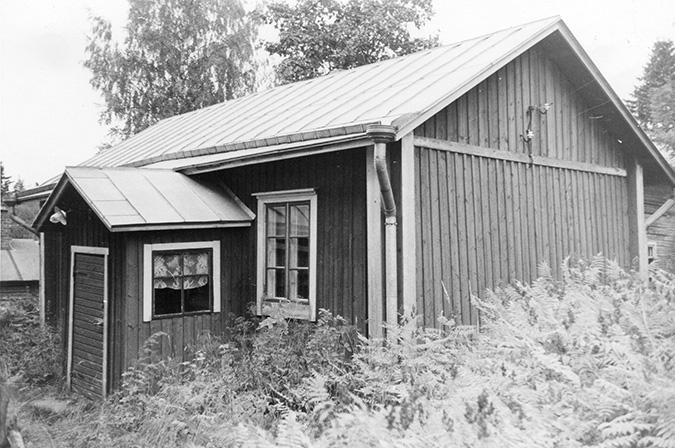 Virtanen, Emma. Koskenkylä.