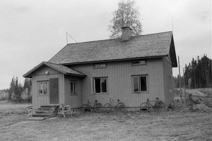 Huotari, Eljas. Suomensyrjä Hyväneula.