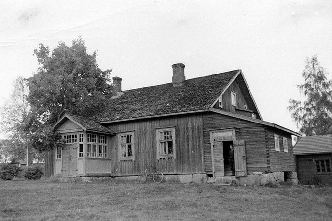 Roisko, Pentti (Erkki), Syrjälä Hyväneula.