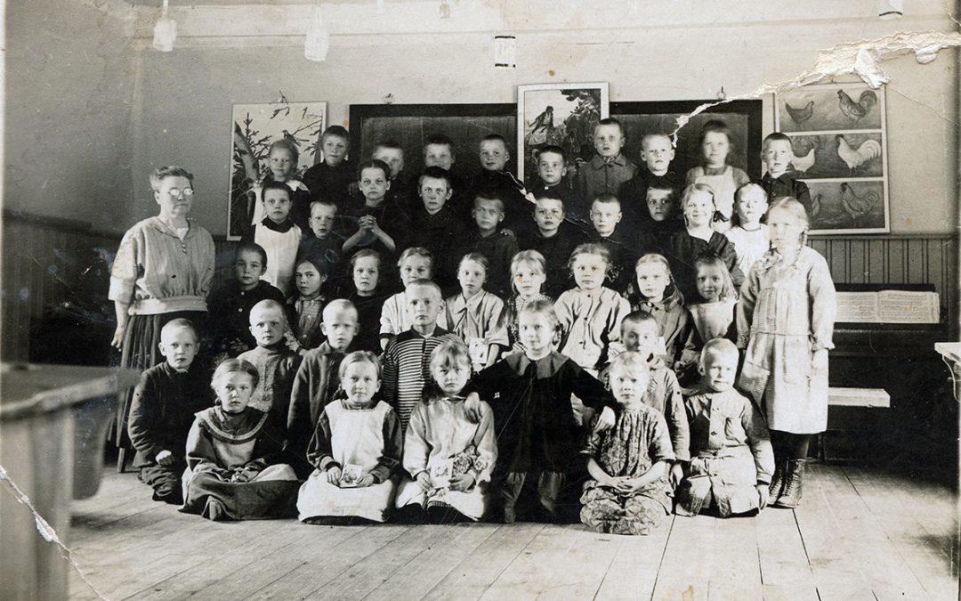 Luokkakuva alakansakoulu 1925