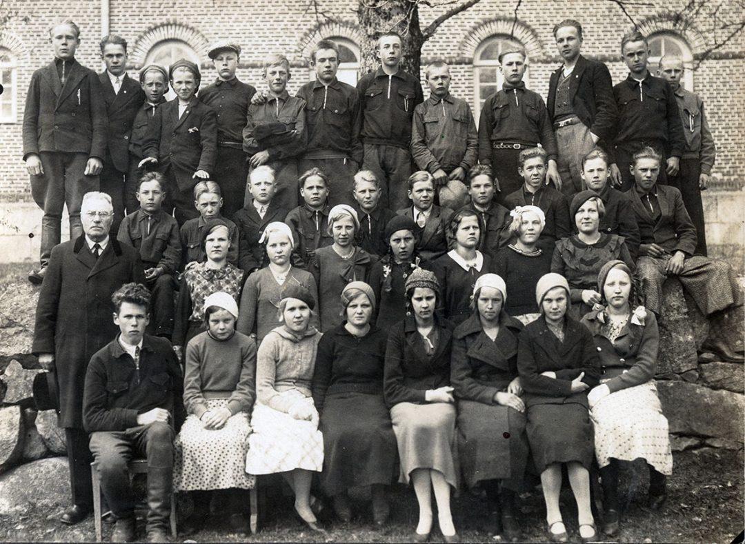 Rippikuva vuoden 1935 ikäluokka