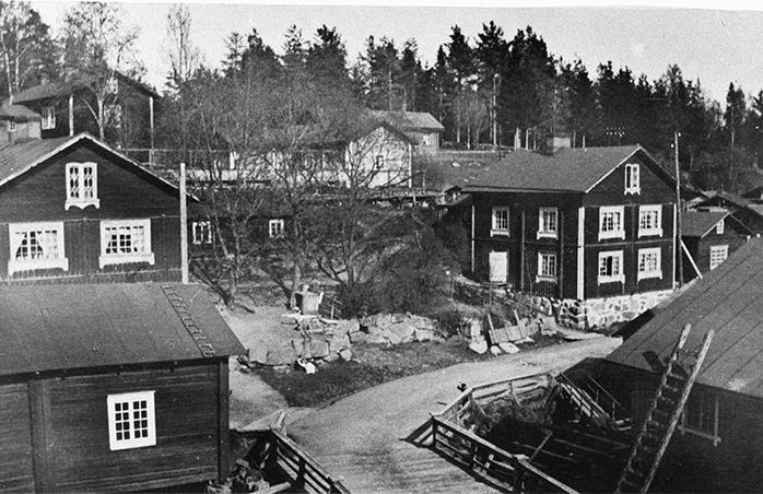Verkatehtaan työväen asuntoja vuonna 1908
