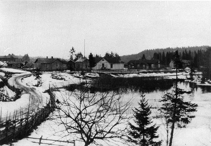 Kylänäkymä vuodelta 1914