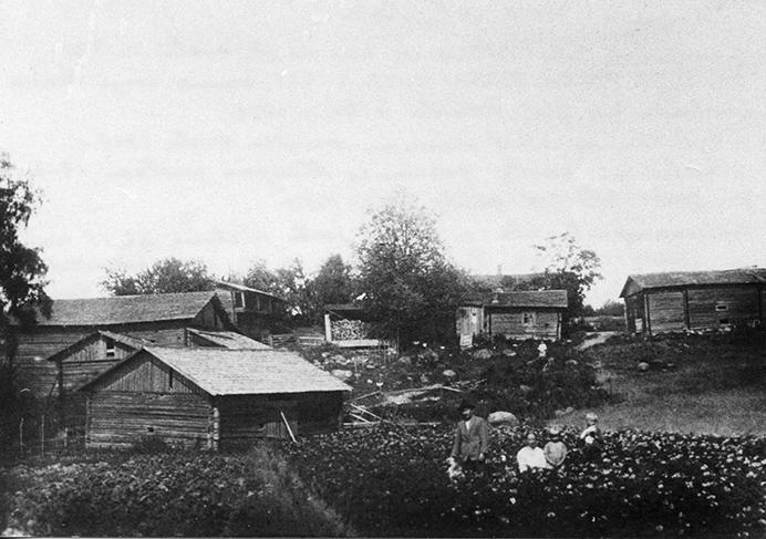 Lampola, Etola