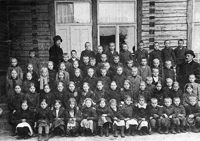 Kosken Hl kirkonkylän koulun oppilaita v. 1916