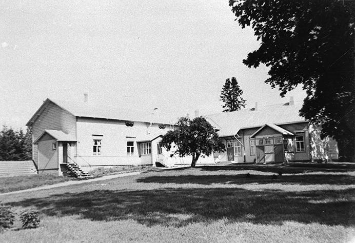 Kirkonkylän kansakoulu
