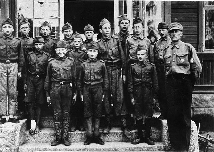 Kosken suojeluskunnan poikaosasto v. 1932