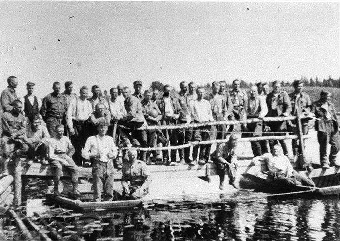 Pioneerikomppanian toinen joukkue Salmin pitäjässä