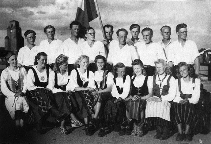 Nuorisoseurojen Maakuntajuhlissa Lahdessa 1946