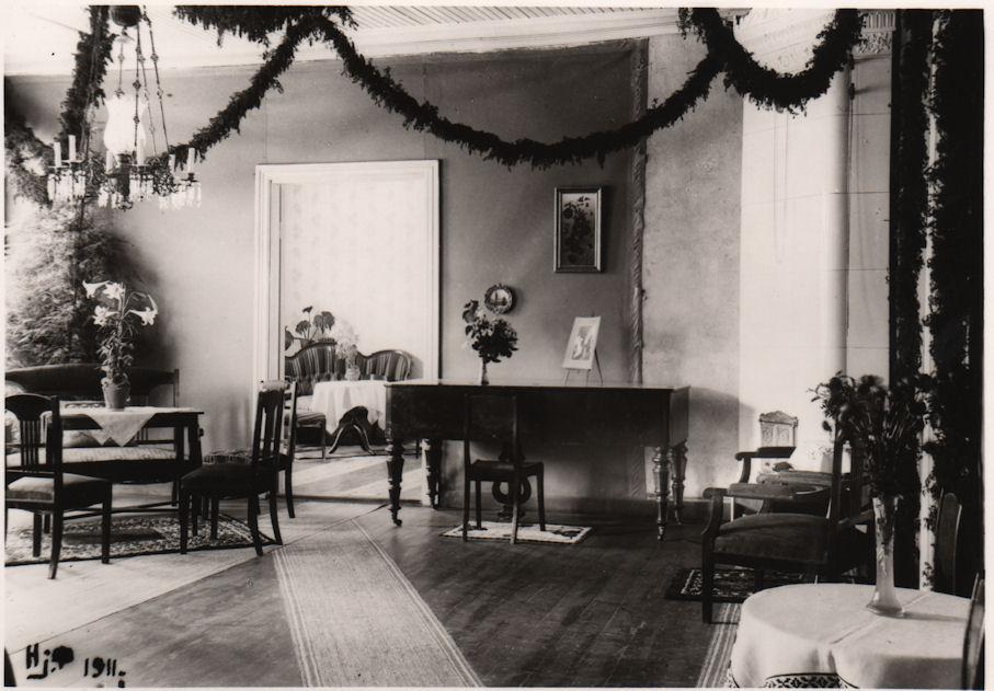 Palomaan kartanon sali 1911