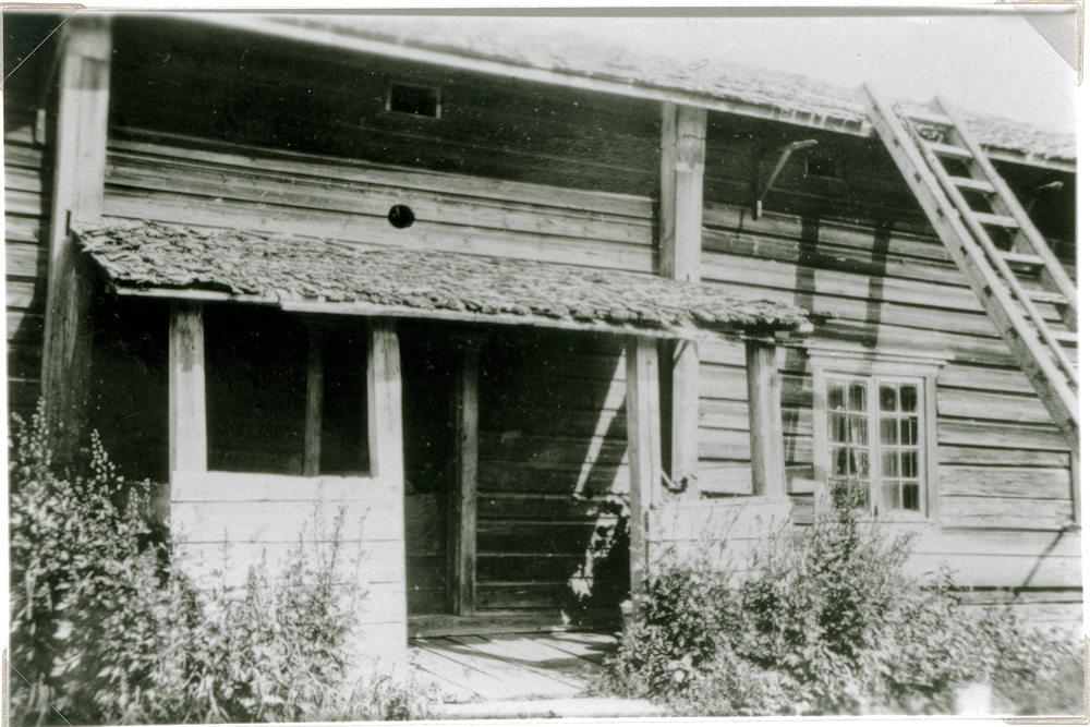 Hyrkkälän Ylöstalon päärakennus v. 1928.