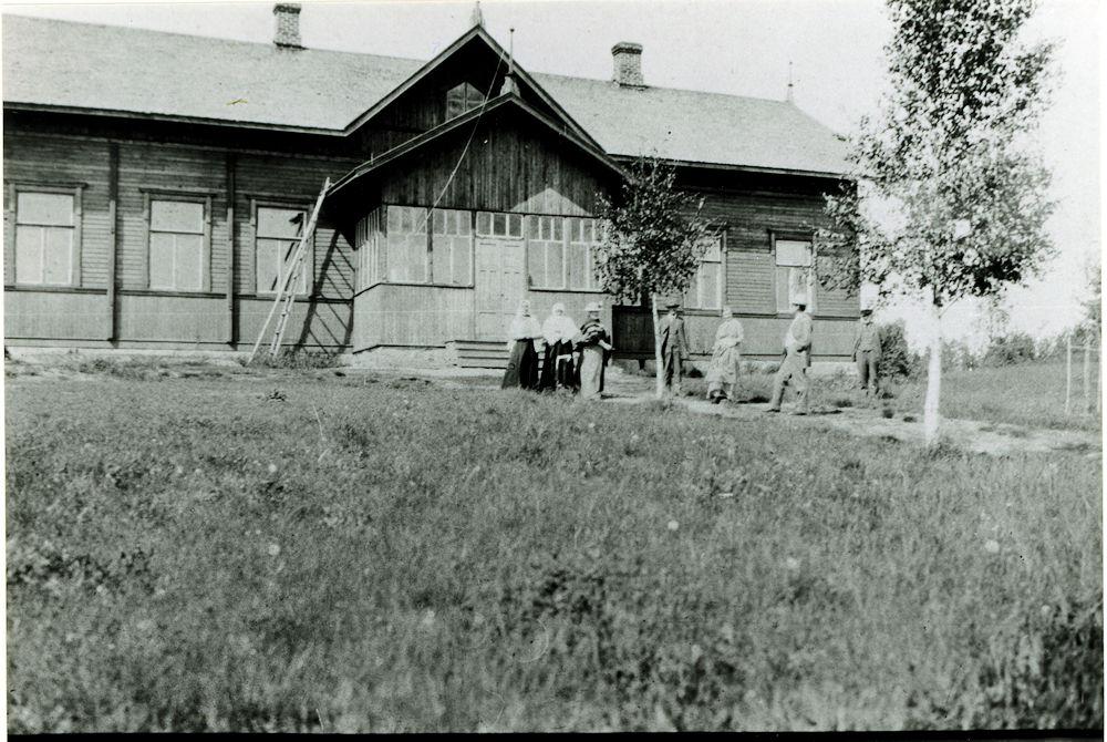Putulan koulu v. 1913
