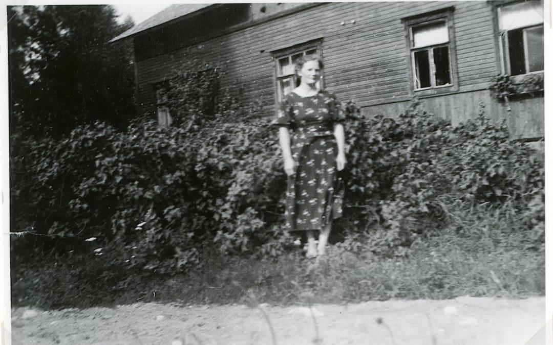 Hilppa Pekola s. 1916 ꝏ Joutjärvi