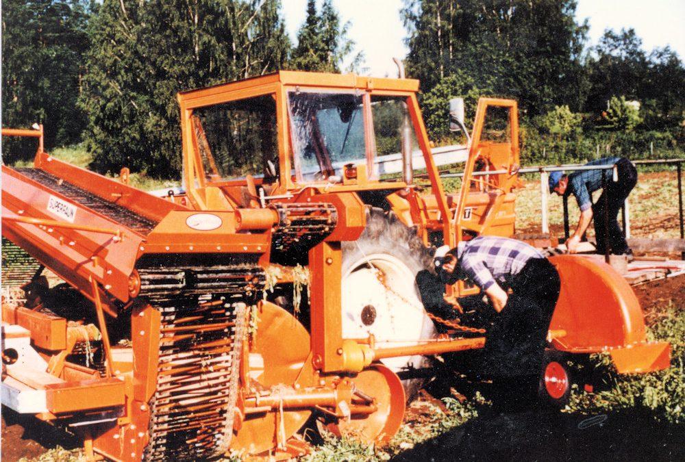 Perunakone v. 1984 Valkjärven harjulla