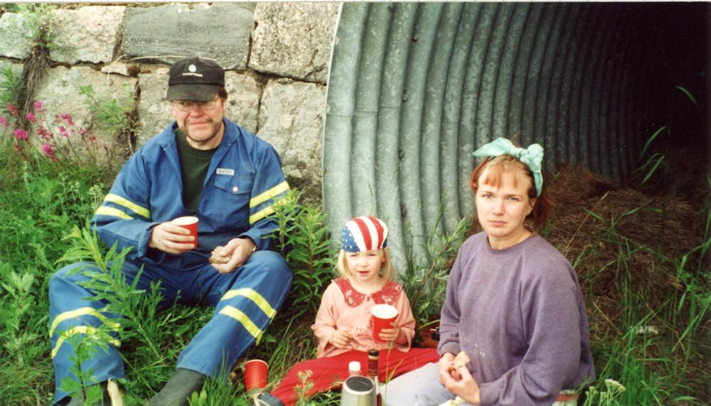 Juhannusperunan nostoa v. 1999