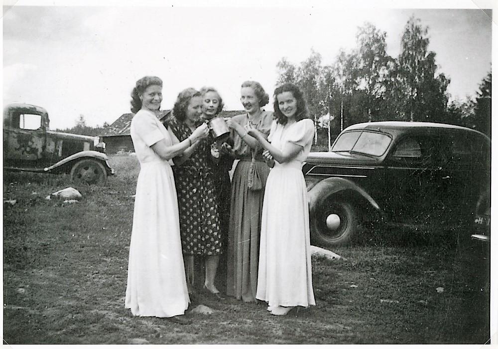 Juhannusaatto Putulan Rantalassa v. 1948