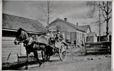 Putulan ja Hyrkkälän kylien vanhoja kuvia perinneaineistossamme