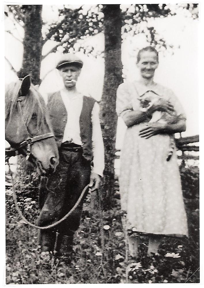 Antti ja vaimo Miina Nordström, 1940-luvun alku