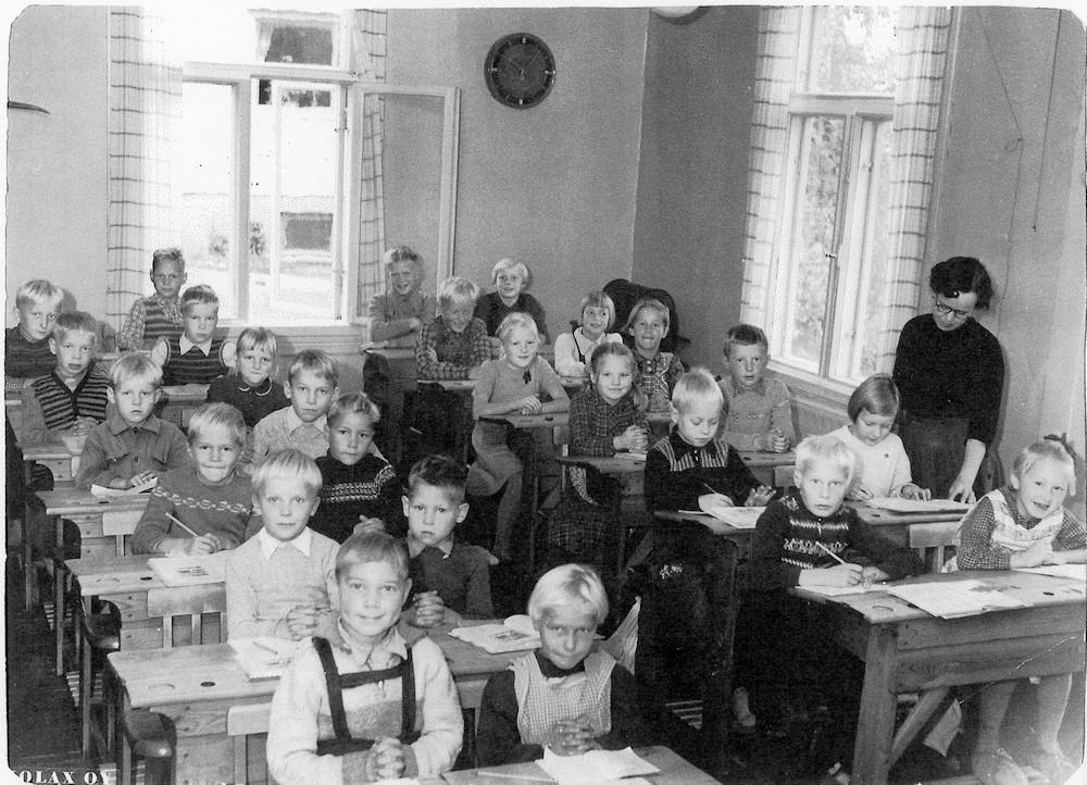 Putulan kansakoulu, lukuvuosi 1955-1956, 1.- 3. luokat, koulukuva