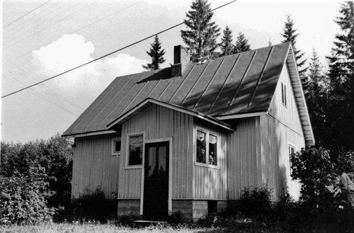 Mäkinen, Laina. Koskenkylä