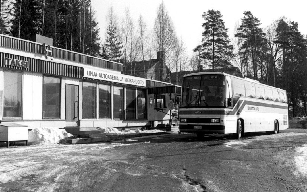 Taksi, linja-autoasema ja Matkahuolto