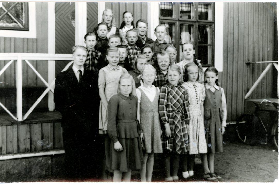 Pihkasalmen koulun oppilaat v. 1951