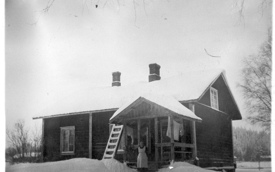 Suomisen talo talvella