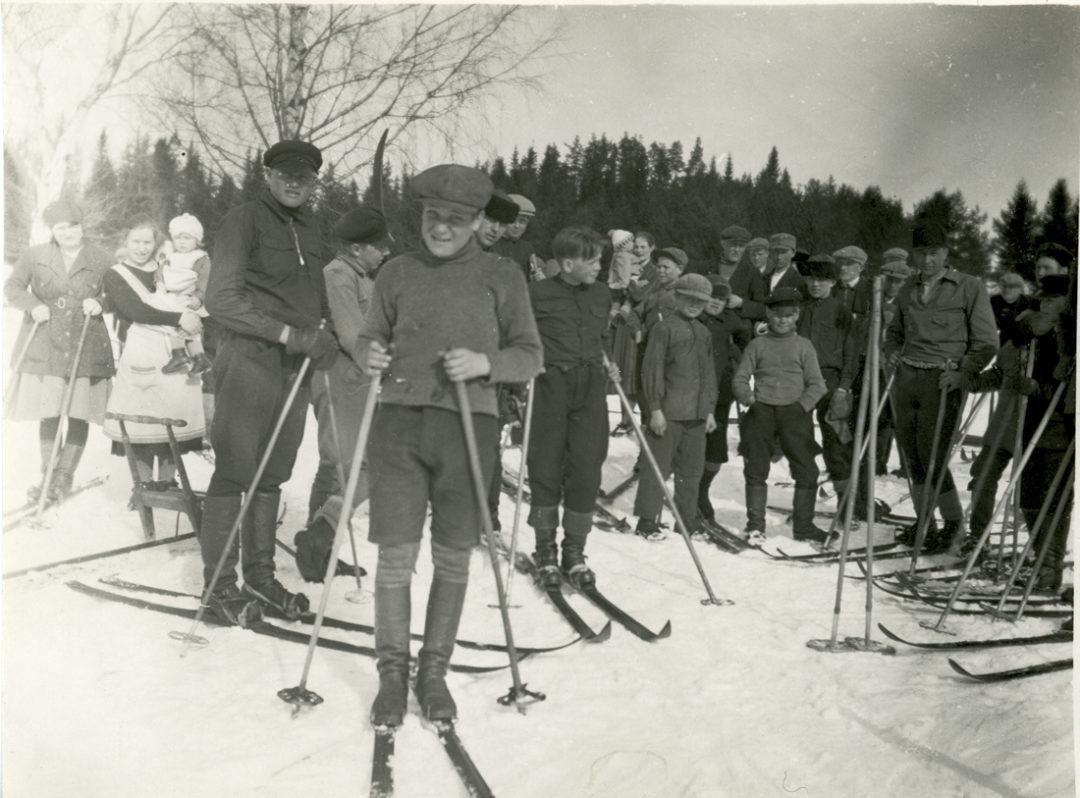Lindenallin hiihtokisa Etolassa